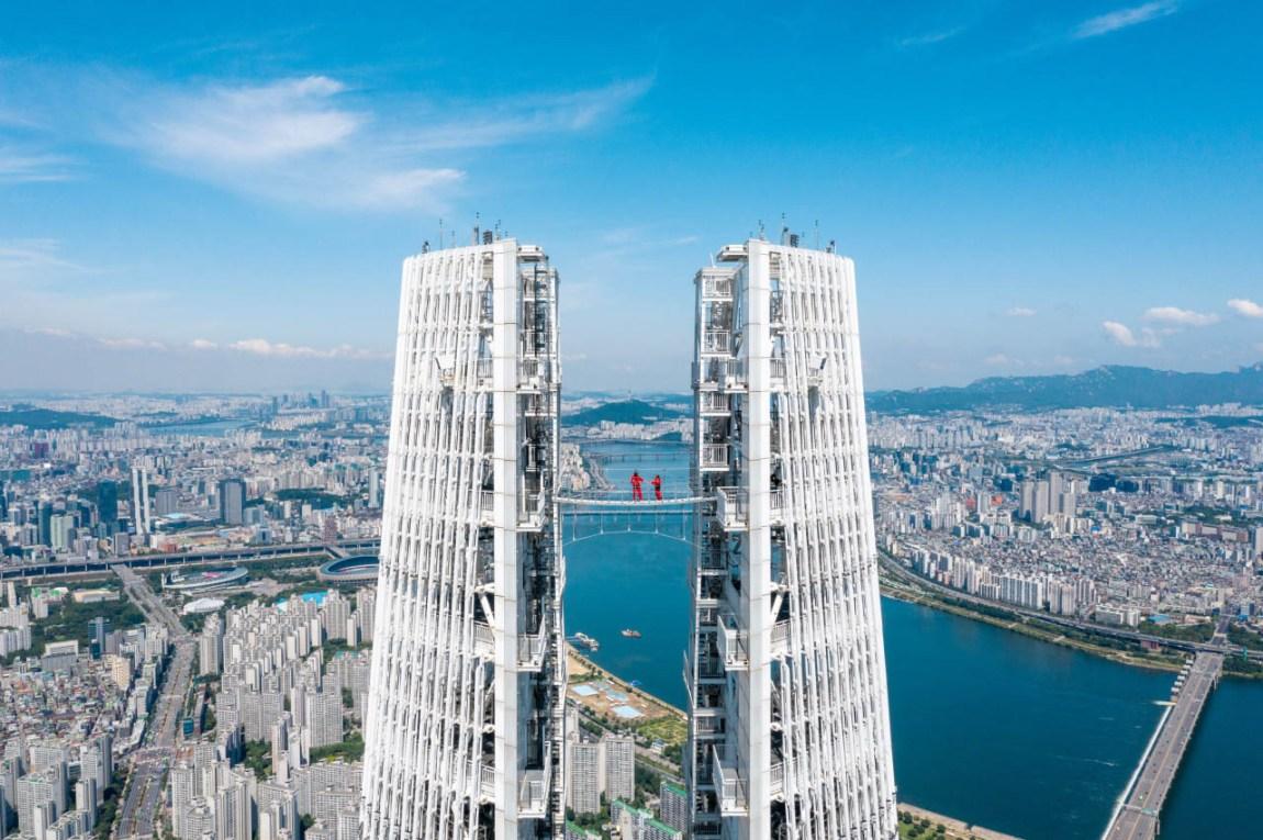 Lotte World Tower 534 Meters Above Ground Showcases Skywalk Program