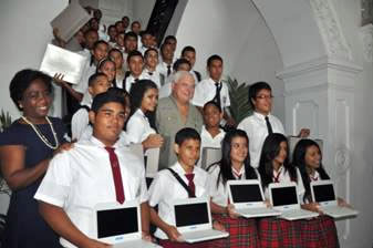 The first computers were given at the start of the 2012 school year and they have kept their promise so far, gifting the new 10th grade classes their laptops at the start of the 2013 and 2014 school years.