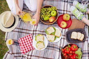 Празнувайте Националния месец на пикника, осигурявайки безопасността на продуктите!