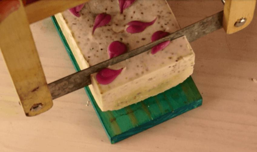 Jabón exfoliante con semillas de chia