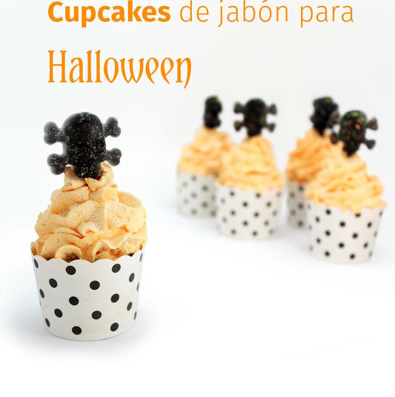 Manualidades de Halloween: jabón con calaveras y forma de cupcake