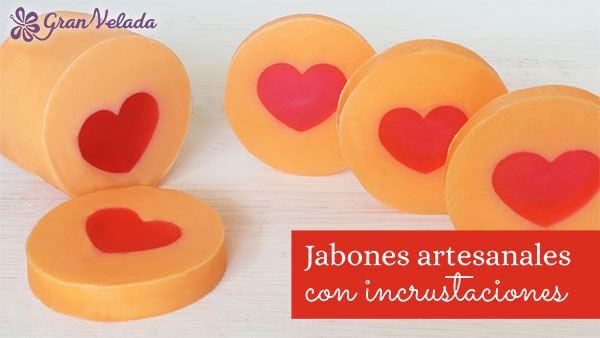 Jabon de glicerina con inclusion de corazon