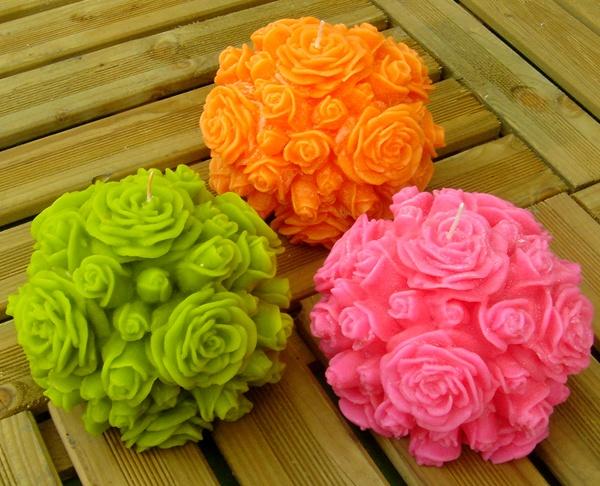 Bolas de Rosas con Parafina 74º.