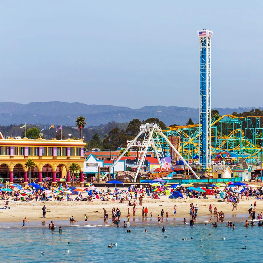 amusement park on the beach in santa cruz