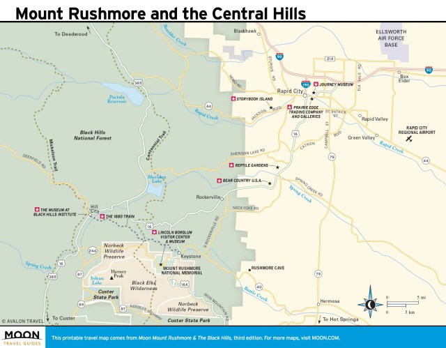 Travel map of Mount Rushmore and the Central Hills