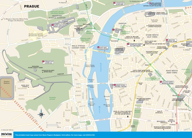 Travel map of Prague marked with highlights