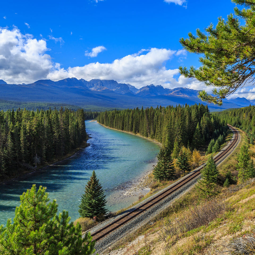 River running along the Bow Valley Parkway.
