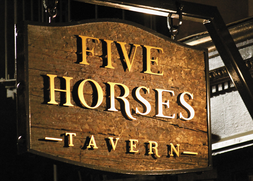 five horses tavern sign