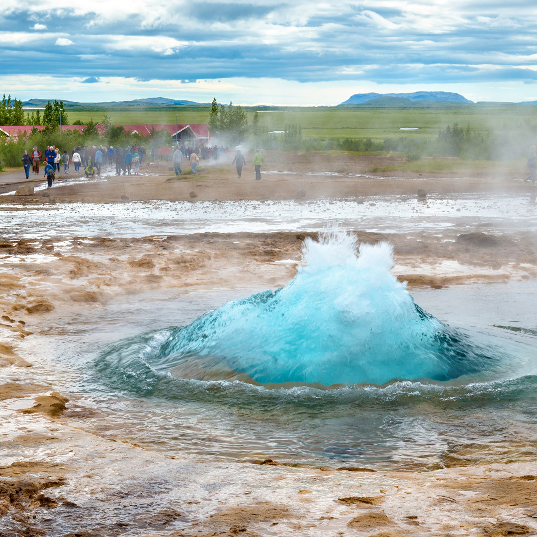 water gushing from the Strokkur geyser