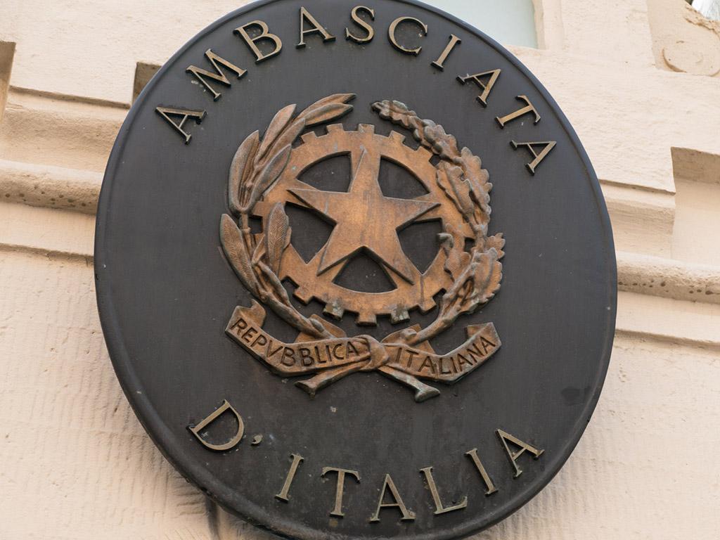 Italian embassy plaque