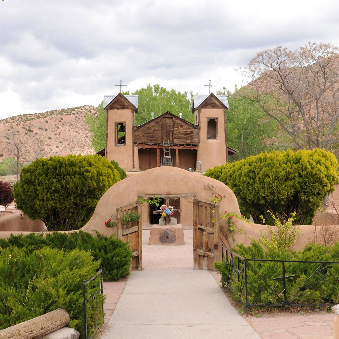 front entrance to the Santuario de Chimayo in New Mexico