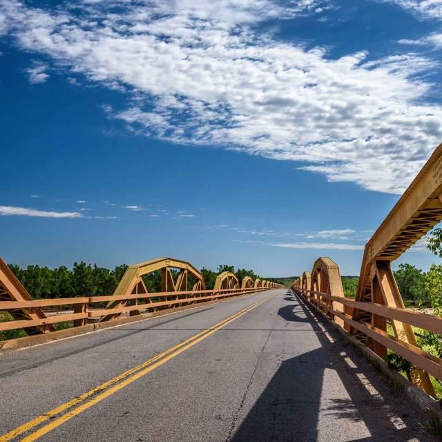 The William H. Murray Bridge in OK. Photo © Miroslav Liska, 123rf.