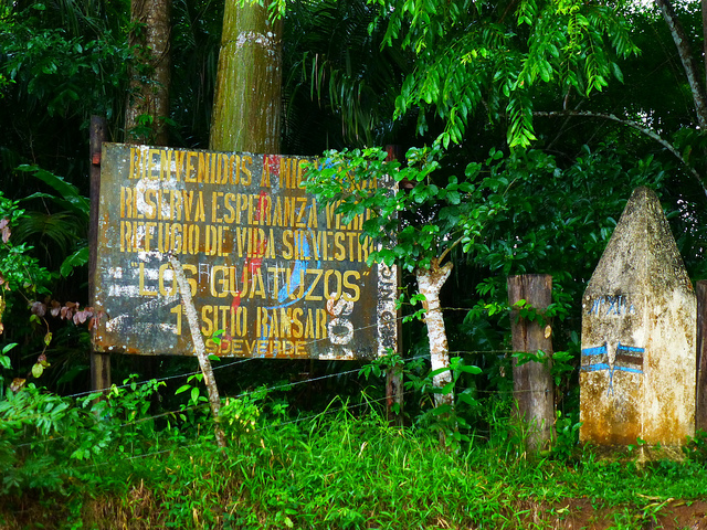 Photo of a sign at the border entrance to Nicaragua.