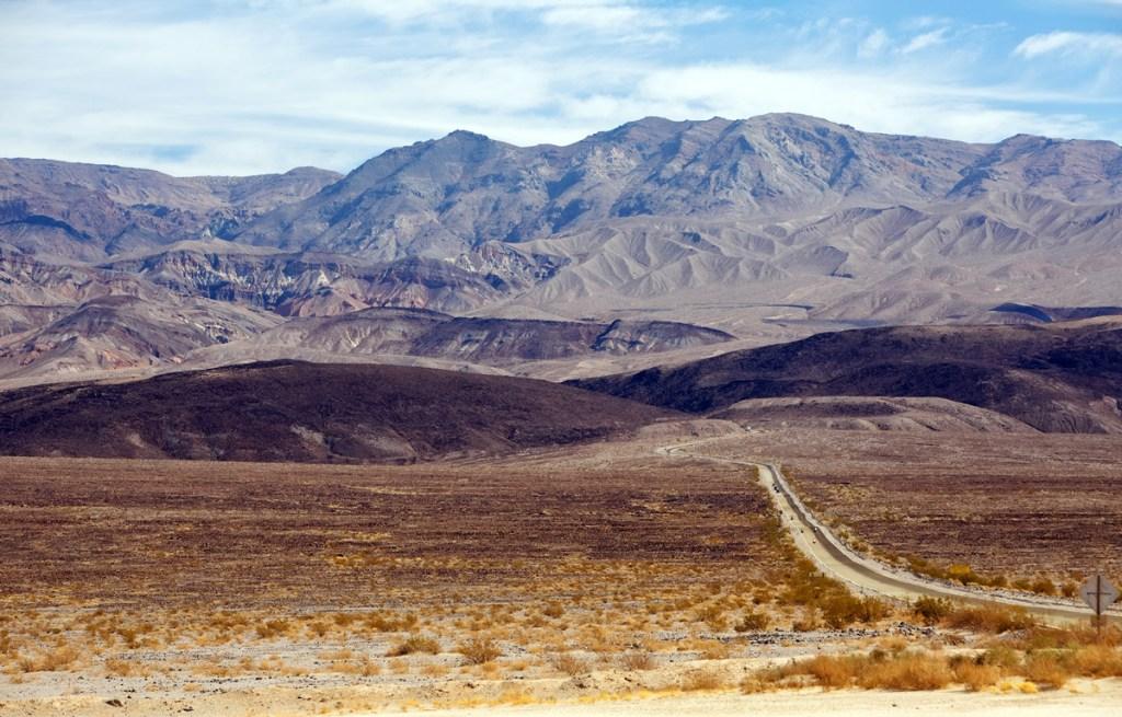 road through desert in Death Valley