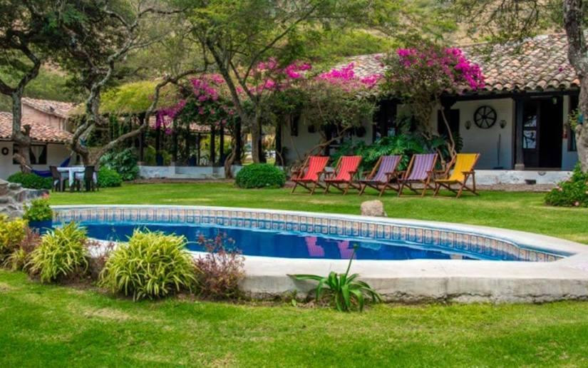 tours-aguas-termales-hacienda-pinsaqui-otavalo-ecuador