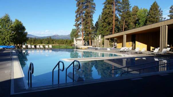 Black Butte Lakeside Complex pool