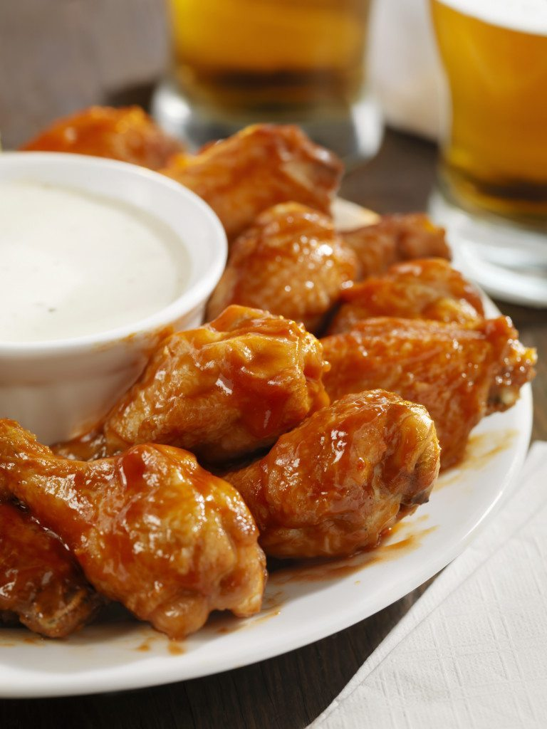 Low Sodium Buffalo Wings and Ranch Dipping Sauce