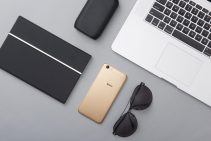 Oppo A57 Lifestyle Image 2