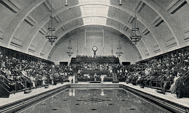 Haggerston Baths' opening day in 1904. Photograph: Hackney Archives
