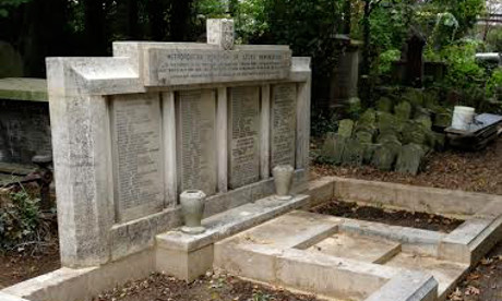 The restored civilian war memorial in Abney Park Cemetery. Photograph: Alex Sherratt
