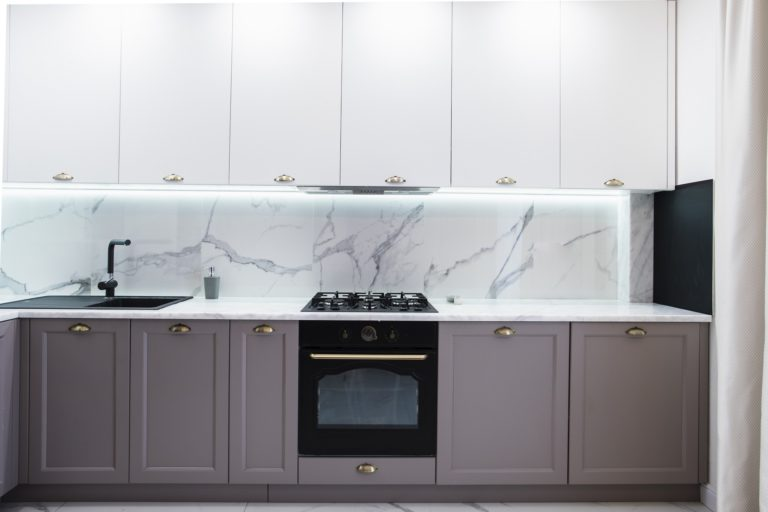 Kitchen backsplash trends 2021: modern design ideas - Hackrea