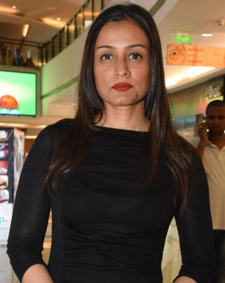 namrata-before-headshave