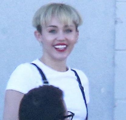 Miley Cyrus Mushroon Hairstyle