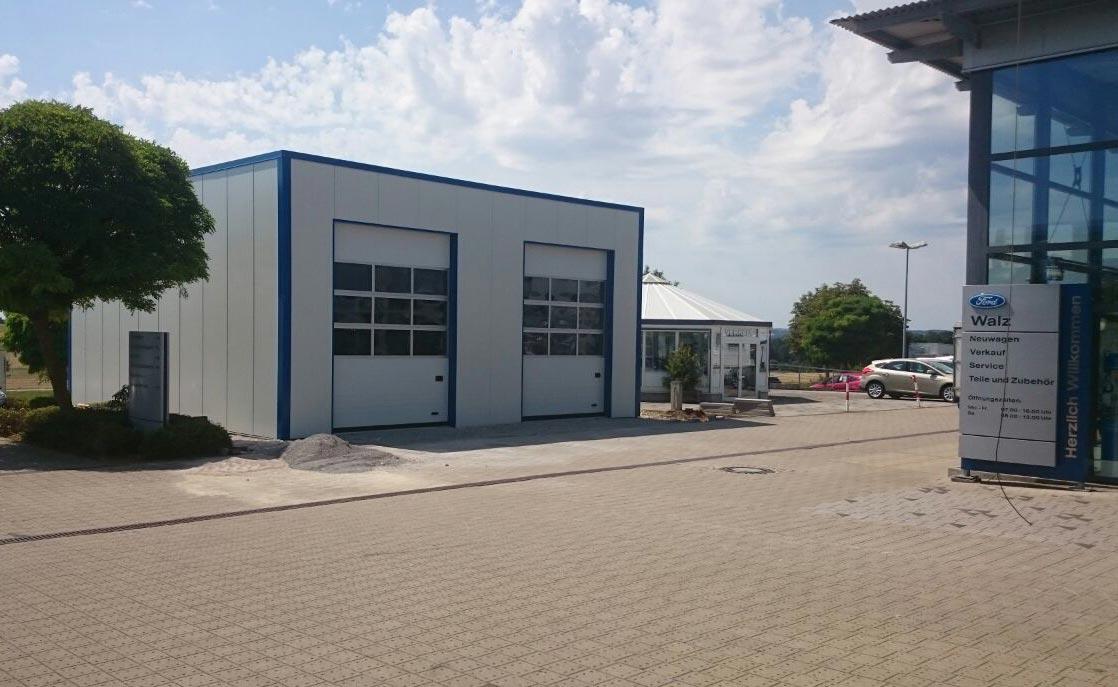 isolierte Lagerhallen Leichtbauhallen und