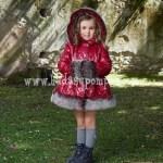 Abrigo Rojo Oscuro