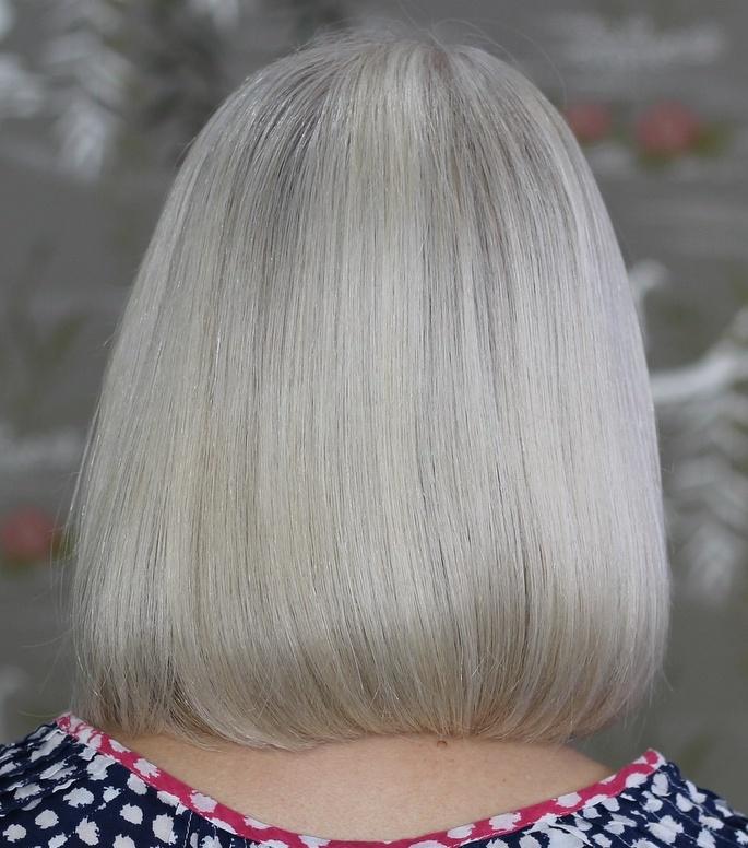 One Length Sleek Silver Gray Bob