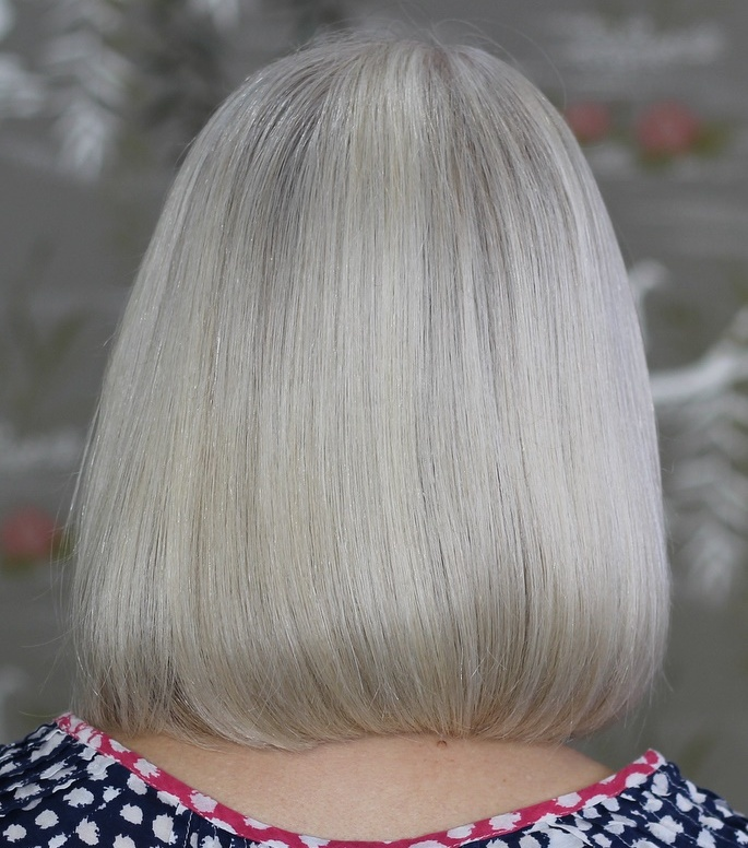 One Length Sleek Silver Gray Bob