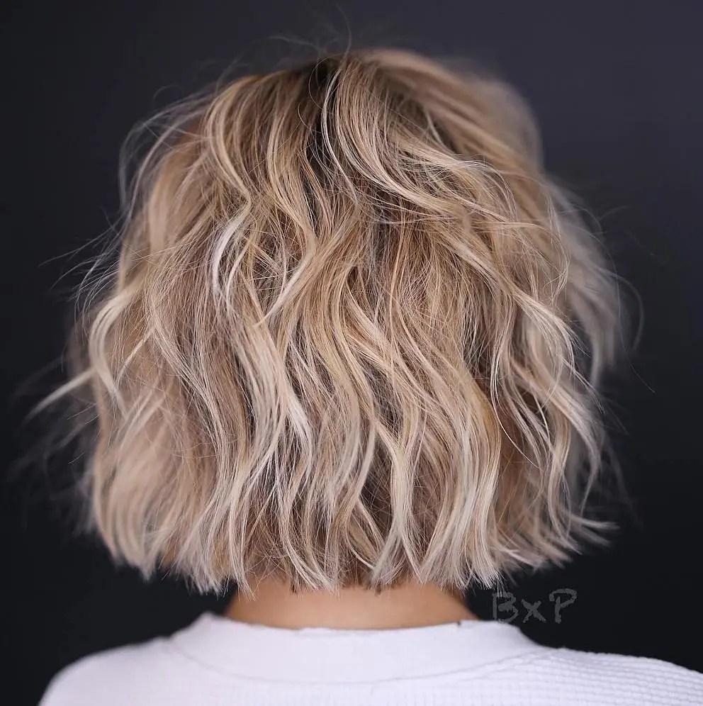 Wavy Bronde Fine Hair Short Bob Haircut