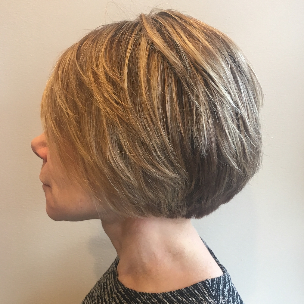 Jaw-Length Layered Bronde Bob