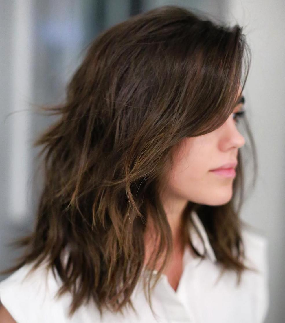 50 Best Medium Length Layered Haircuts in 2020 - Hair Adviser
