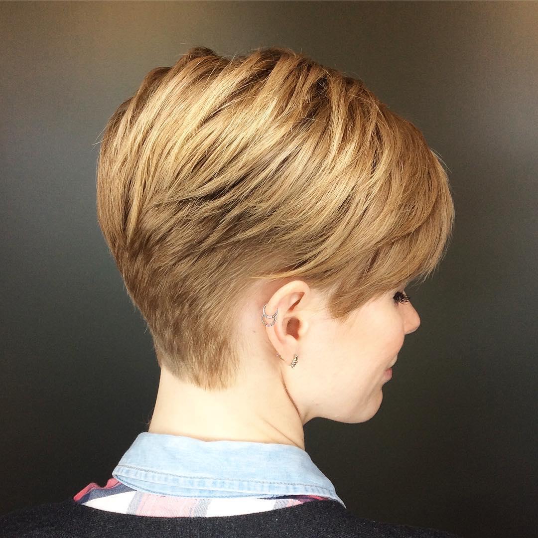 Short Boyish Golden Blonde Haircut