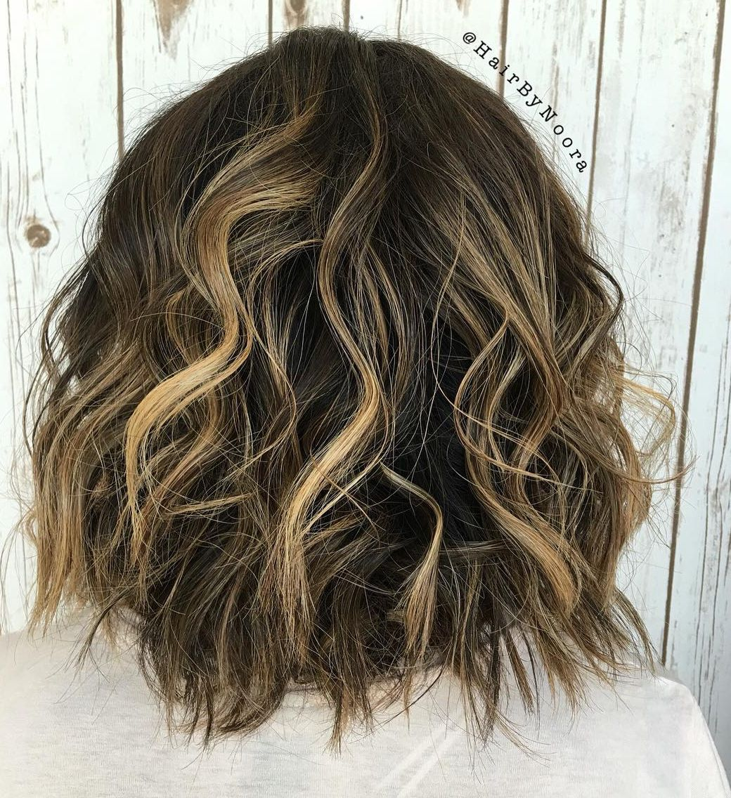 Voluminous Wavy Lob for Thick Hair