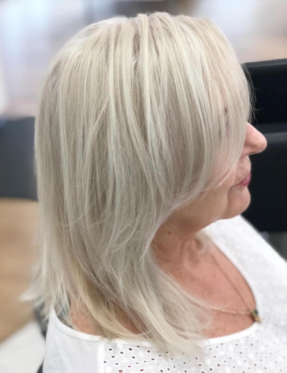 Shoulder-Length Layered Platinum Hairstyle