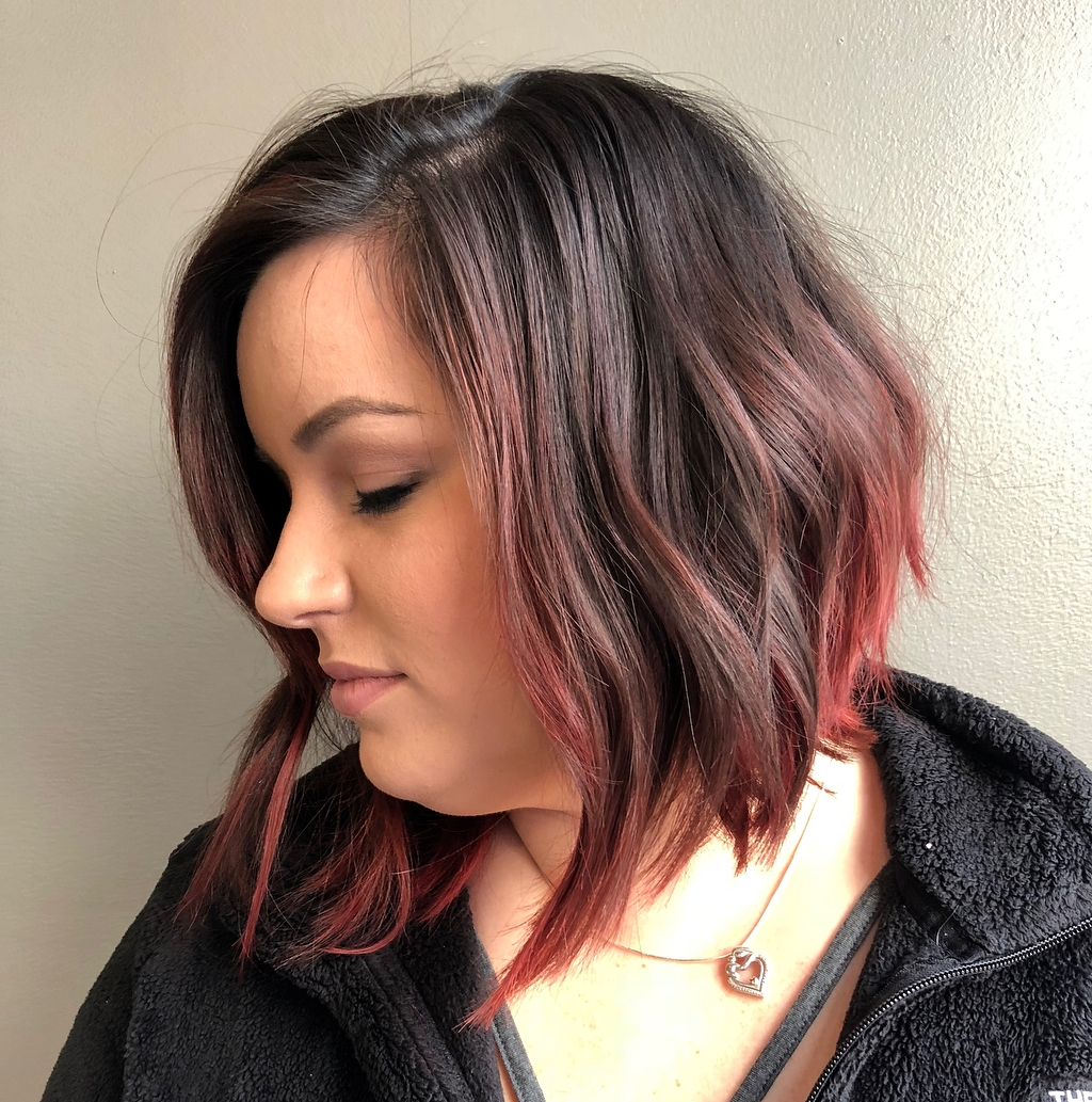 9 Amazing Haircuts for Round Faces   Hair Adviser