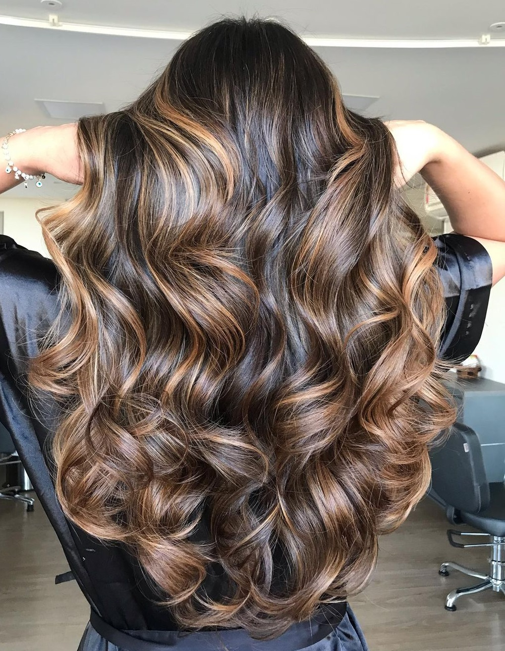 Highlights for Dark Curled Hair