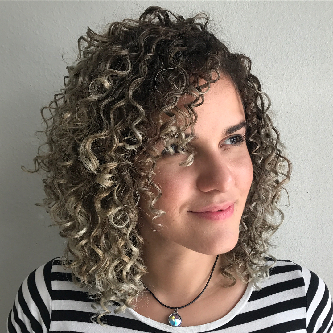 Layered Curly Bob with Subtle Ombre