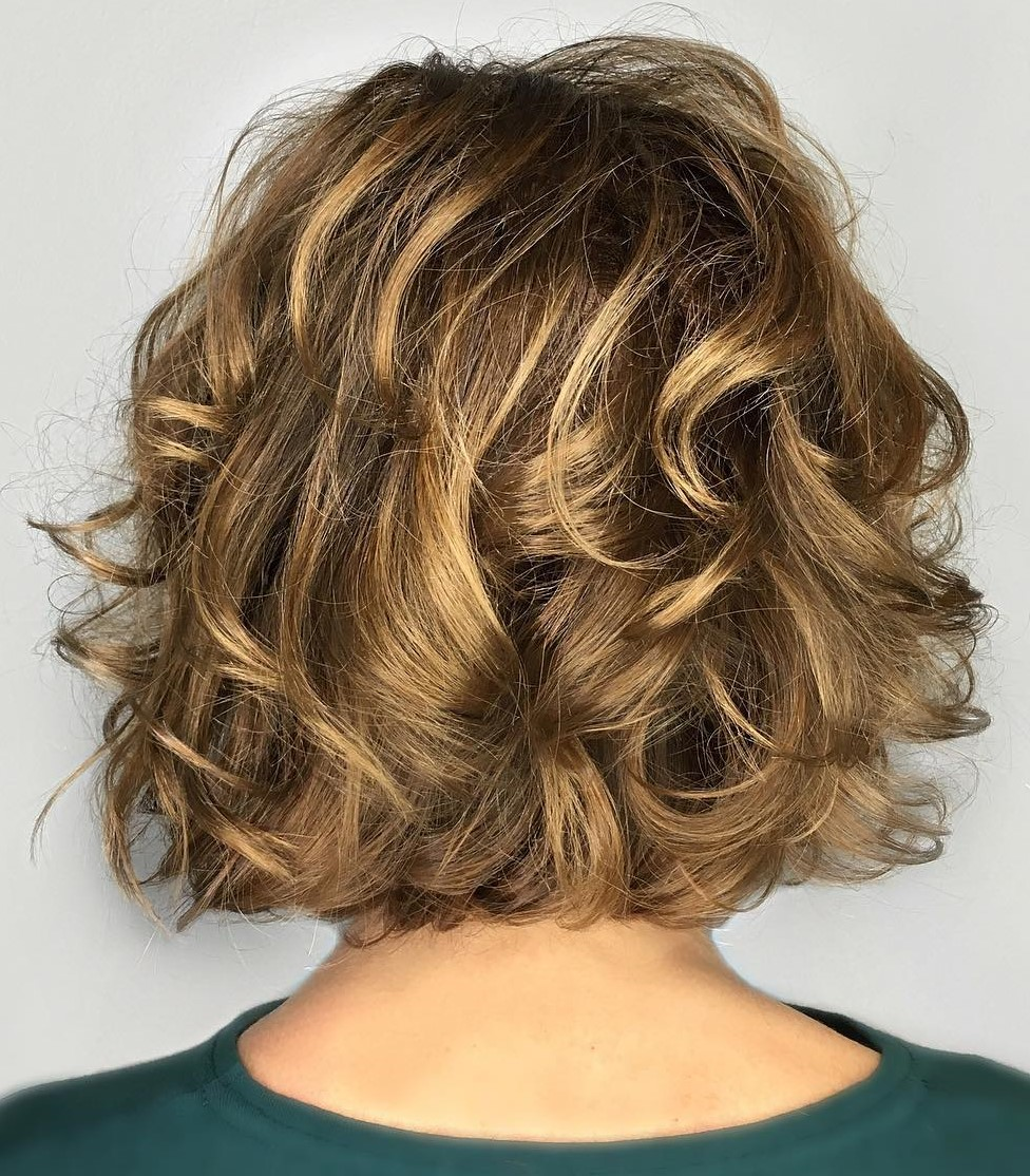 50 Absolutely New Short Wavy Haircuts for 2021 - Hair Adviser