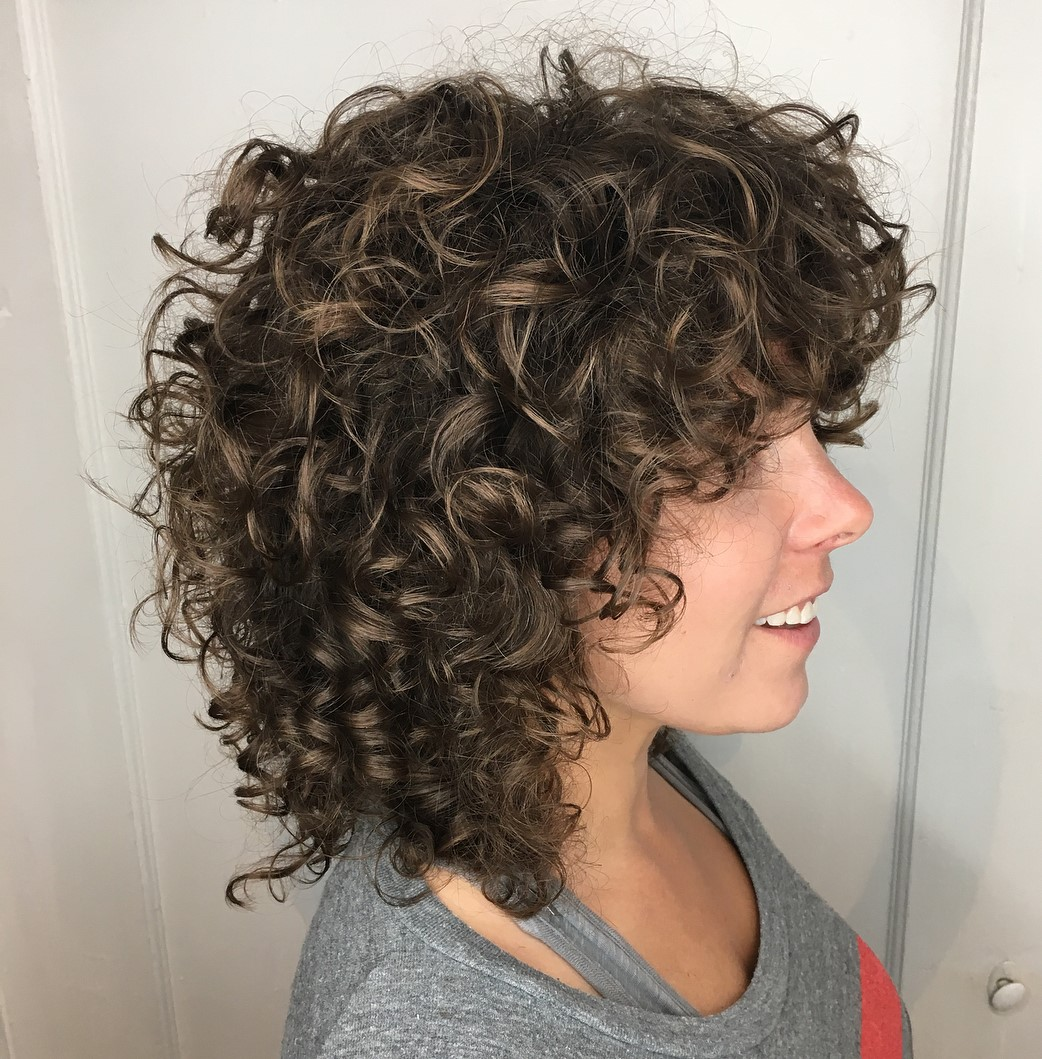 Medium Bouncy Curls with Subtle Highlights