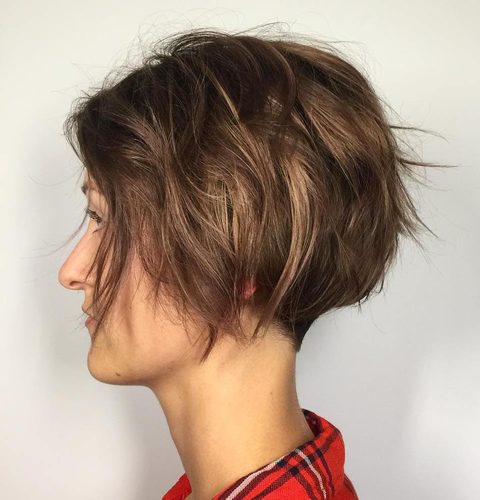 Short Hairstyle with Messy Layers