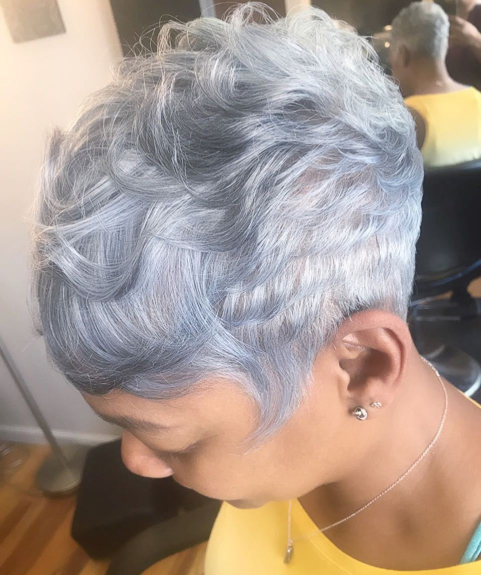 Short Gray Hairstyle for Black Women