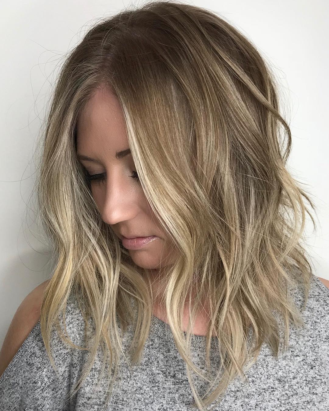 Blonde Wavy Lob with Layers