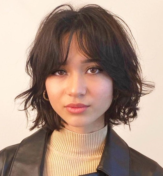 Curly Bob for Fine Hair and Round Faces
