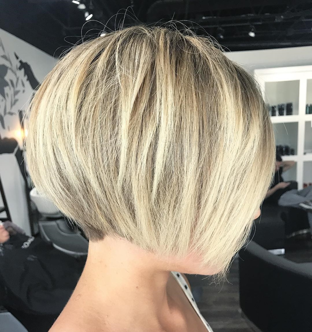 Short Sexy Jaw-Length Bob Cut