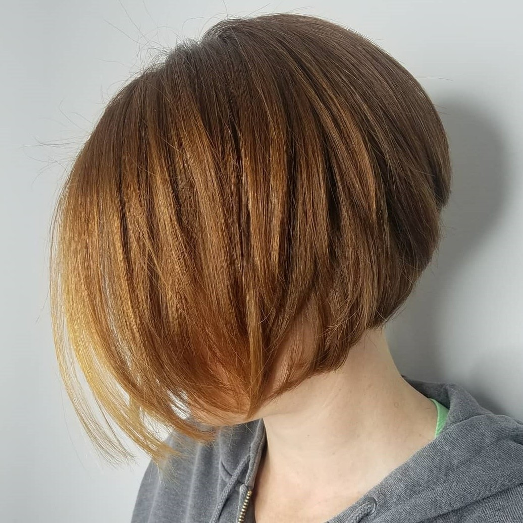 Jaw-Length Red Bob with Short Layers