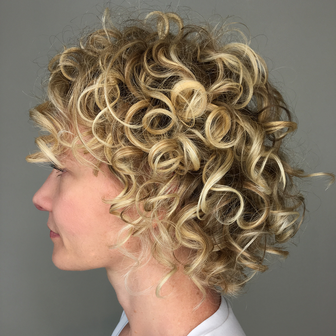 Short Blonde Curled Hairstyle