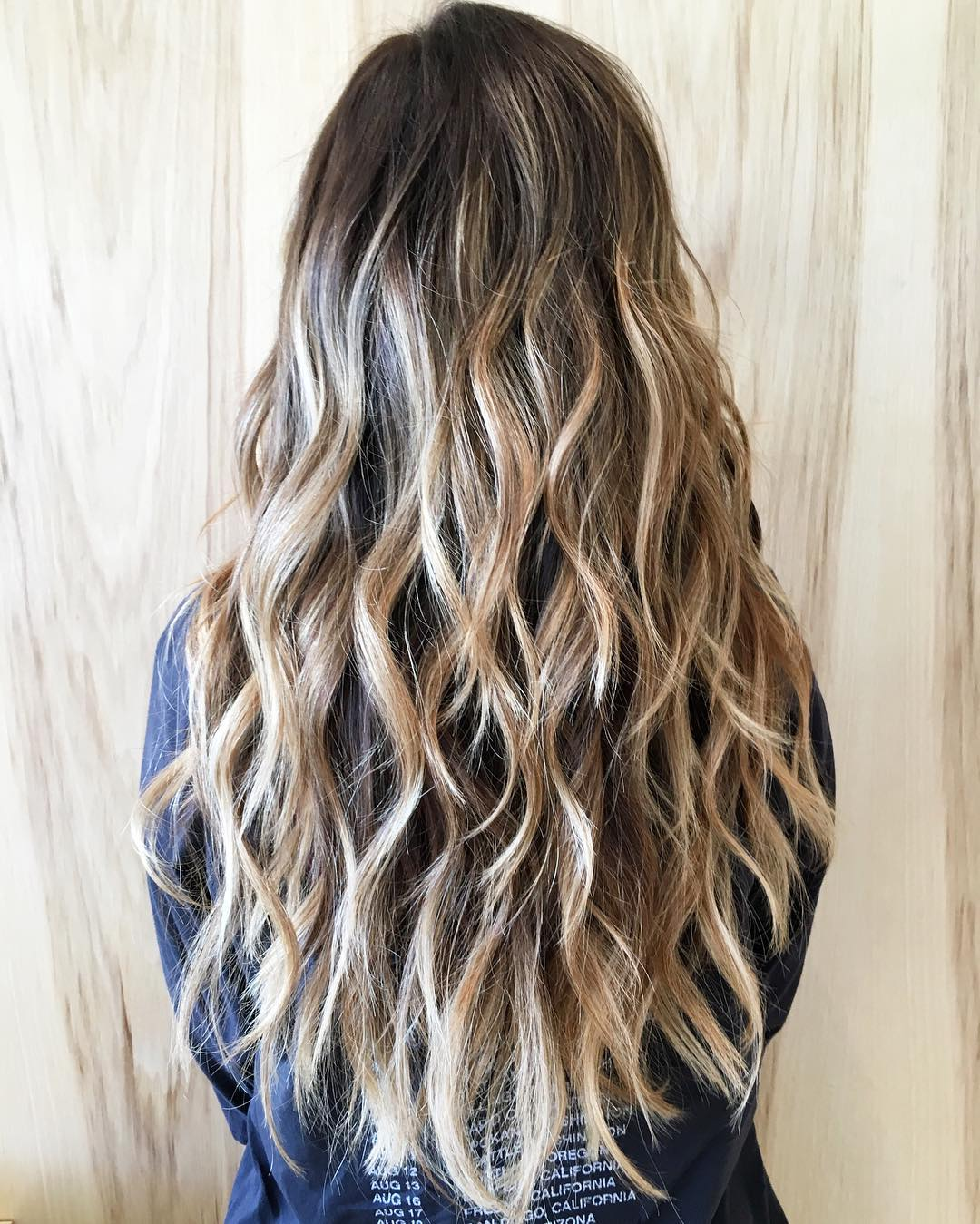 Wavy Choppy Blonde Hairstyle for Long Hair